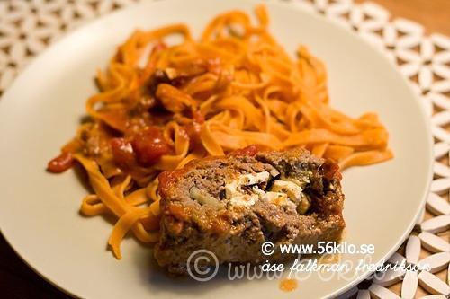 recept bacon pasta tomatsås