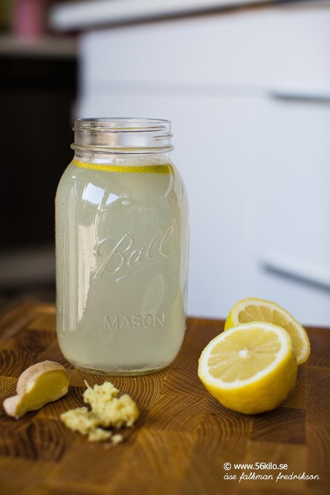 ingefära och citrondryck