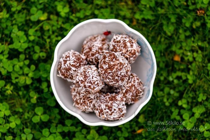 chokladbollar dadlar jordnötssmör